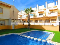 3 Bed Townhouse with Pool + Sea Views  (28)