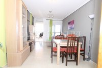 Spacious West-Facing 2 Bed / 2 Bath 1st Floor Penthouse Apartment with Roof Terrace (12)