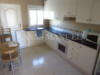 3 Bed Villa with Pool and Double Garage  (14)