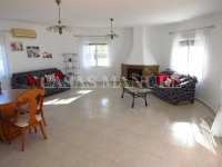 3 Bed Villa with Pool and Double Garage  (1)