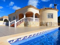 3 Bed Villa with Pool and Double Garage  (0)