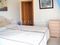 Contemporary 4 Bed / 3 Bath Villa - El Oasis  (23)
