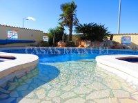 Contemporary 4 Bed / 3 Bath Villa - El Oasis  (4)