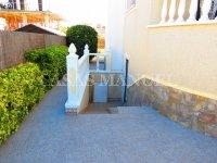 Contemporary 4 Bed / 3 Bath Villa - El Oasis  (15)