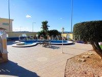 Contemporary 4 Bed / 3 Bath Villa - El Oasis  (11)