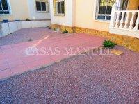 3 Bed / 2 Bath Villa - Lakeview Mansions  (15)