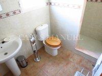 3 Bed / 2 Bath Villa - Lakeview Mansions  (13)