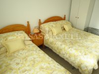 Well-Presented 2nd Floor 2 Bed / 1 Bath Apartment  (12)