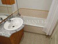 Well-Presented 2nd Floor 2 Bed / 1 Bath Apartment  (14)