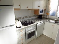 Well-Presented 2nd Floor 2 Bed / 1 Bath Apartment  (19)