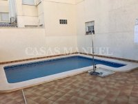 2 Bed 2 Bath Ground Floor Apartment with Garage (42)