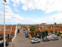 Spacious Semi-Detached Villa with Sea Views! (9)