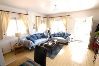 Spectacular 3 Bed / 2 Bath Detached Villa  (23)