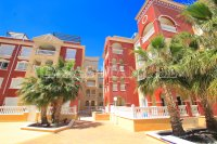 Superior 3 Bed / 2 Bath Apartment with Pool Views  (16)