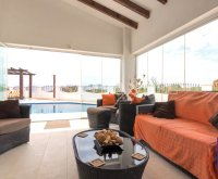 Exquisite Villa With Impeccable Interior and Views Over the 18th Hole (9)