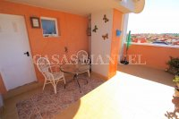 Outstanding Value - 2 Bed Apartment With Private Solarium and Garage Space  (7)
