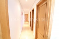 Outstanding Value - 2 Bed Apartment With Private Solarium and Garage Space  (9)