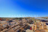 Outstanding Value - 2 Bed Apartment With Private Solarium and Garage Space  (11)