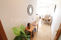 Outstanding Value - 2 Bed Apartment With Private Solarium and Garage Space  (16)