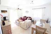 Outstanding Value - 2 Bed Apartment With Private Solarium and Garage Space  (18)