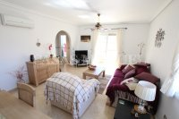 Outstanding Value - 2 Bed Apartment With Private Solarium and Garage Space  (19)