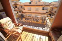 Outstanding Value - 2 Bed Apartment With Private Solarium and Garage Space  (22)