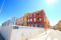 Outstanding Value - 2 Bed Apartment With Private Solarium and Garage Space  (24)