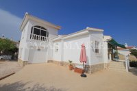 2 Bed Villa with Separate Guest Apartment - Central Quesada  (28)