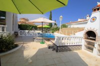 2 Bed Villa with Separate Guest Apartment - Central Quesada  (8)