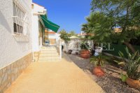 2 Bed Villa with Separate Guest Apartment - Central Quesada  (19)