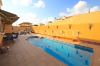 Charming 4 Bed Villa With Pool + Garage - Lomas Del Rame (3)