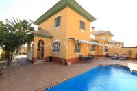 Charming 4 Bed Villa With Pool + Garage - Lomas Del Rame (4)