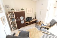 Stylish Apartment with Garden + Private Solarium (21)
