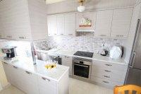 Charming 2 Bed / 1 Bath Bungalow With Solarium (1)
