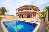 Stunning Luxury Villa in La Zenia (1)
