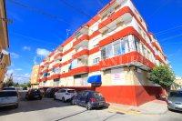 Spacious South-Facing Apartment - Central Location  (19)