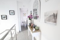 Luxury 4 Bed / 3 Bath Semi-Detached Villa  (6)
