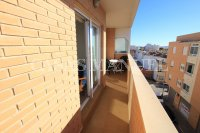 Stylish 3 Bed South-Facing Penthouse Apartment (22)