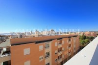 Stylish 3 Bed South-Facing Penthouse Apartment (27)