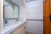 Lovely Top Floor Apartment in Res. Valencia (14)