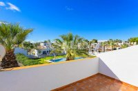Lovely Top Floor Apartment in Res. Valencia (17)