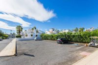 Lovely Top Floor Apartment in Res. Valencia (24)