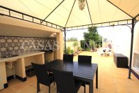 Spacious Semi-Detached Villa With Guest Apartment  (23)