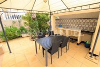 Spacious Semi-Detached Villa With Guest Apartment  (8)