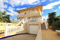 Spacious Semi-Detached Villa With Guest Apartment  (0)