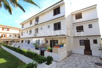 Charming 3 Bed Coastal Townhouse with Sea Views  (2)