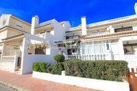 Charming 3 Bed Coastal Townhouse with Sea Views  (29)