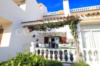 Charming 3 Bed Coastal Townhouse with Sea Views  (9)