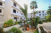 Charming 3 Bed Coastal Townhouse with Sea Views  (32)