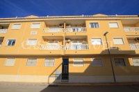 South-Facing Top Floor Apartment with Solarium (17)